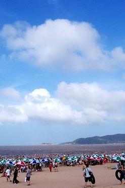 嵊泗列岛海边游泳吃海鲜看风景二天风情休闲游