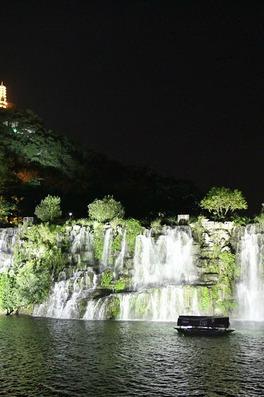 3月2日周三晚上夜徒柳江河提、浮桥吹风、看瀑布