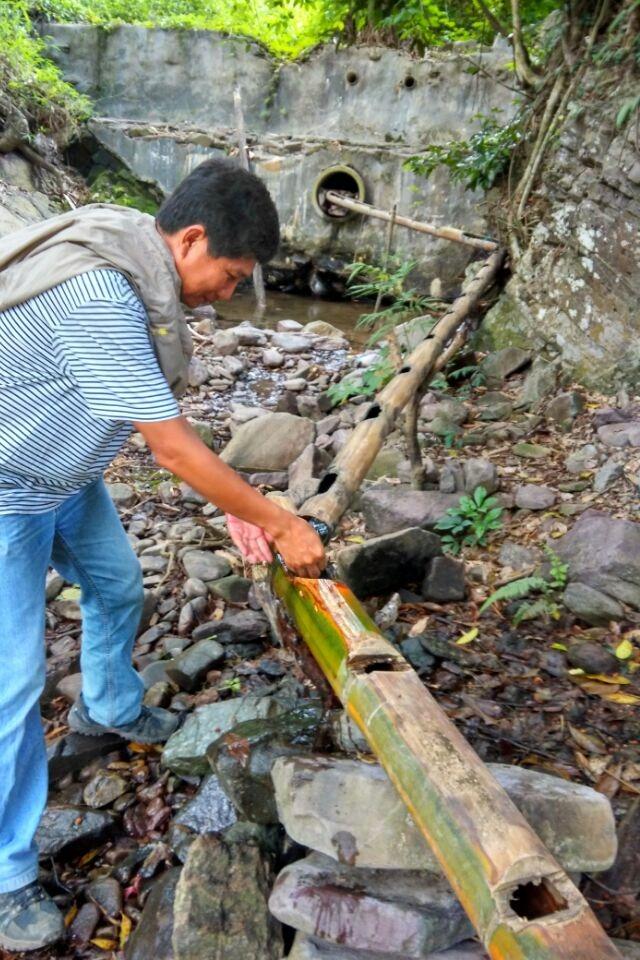 穿越十里雨林寻找南渡江源头探访黎族最原始的文化活动
