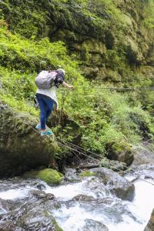 7月22日探索悬崖上的村庄-古路村 穿越 耍水