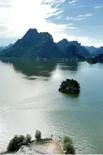 """2015年9月5日""""中国的下龙湾""""上林大龙湖一日活动"""