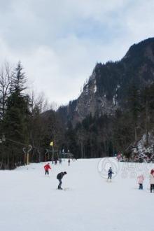 周末茂县九顶山滑雪