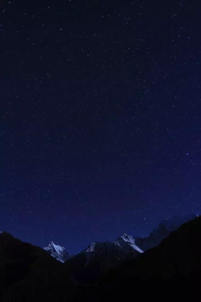一起去稻城亚丁和色达看最美星空