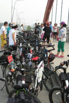 每天早上骑行中华北大街至洺关