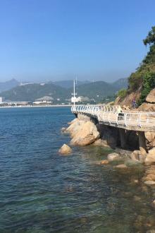 小梅沙栈道玩水捞鱼摄影