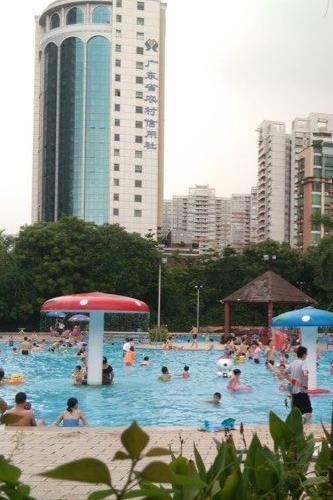 8月27日免费学游泳,天河公园交友消暑活动