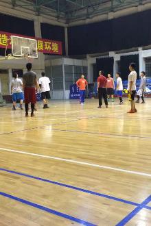 篮球爱好者运动交友赛