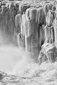 【1月24、25日平遥旅游、大槐树寻根、壶口看冰挂】