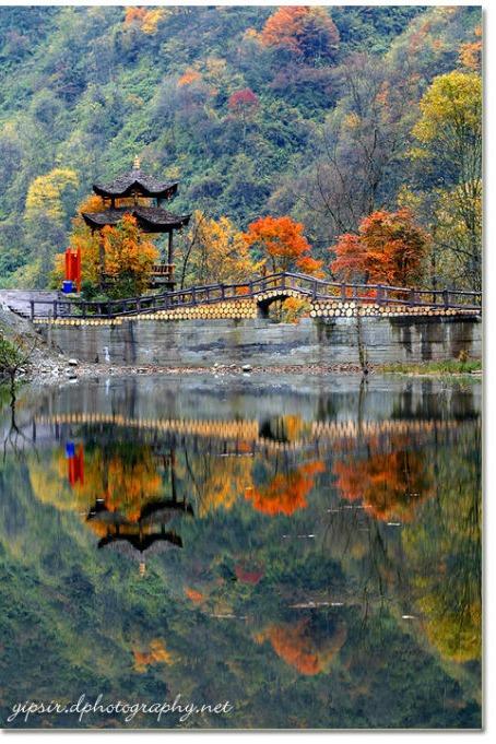 喇叭河——邂逅红叶