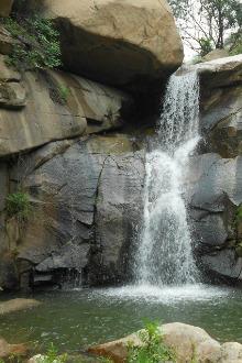 6.7号莱芜白龙潭风景区戏水攀岩户外一日活动