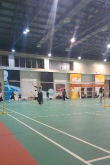 健身羽毛球