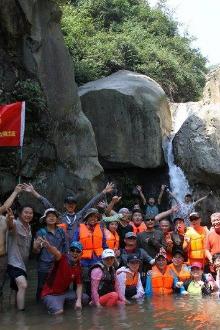 黄龙潭溯溪穿越第一季