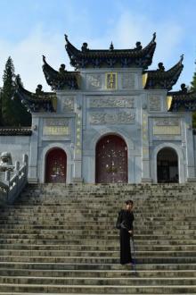黄梅游五祖寺、探索十万洞
