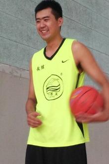 公园路体育大厦篮球羽毛球免费体验课