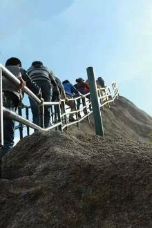 4月3日(礼拜天)。丹东凤凰山休闲一日游