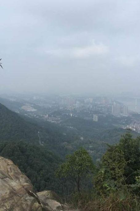 十一月13号相约爬歌乐山