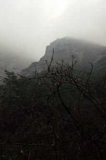 徒步吴越古道,穿越瀑布黑洞群,探秘仙人洞