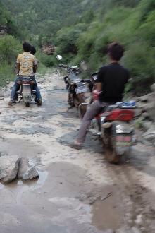极限摩托山路骑行比赛