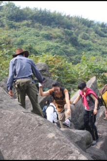 11月22日登覆卮山,看千年梯田,万年石河
