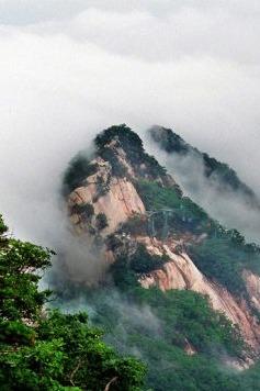 10月24-25日凤凰山、船游鸭绿江看朝鲜、锦江山风景区