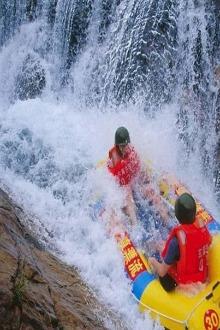 木扎岭原始峡谷漂流,让我们尽情的湿身吧