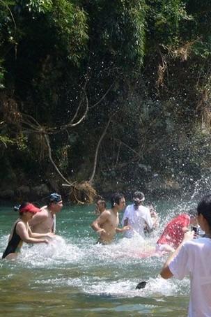 7月11日永泰小九寨沟莒溪 观景 划竹排戏水游泳捕溪鱼