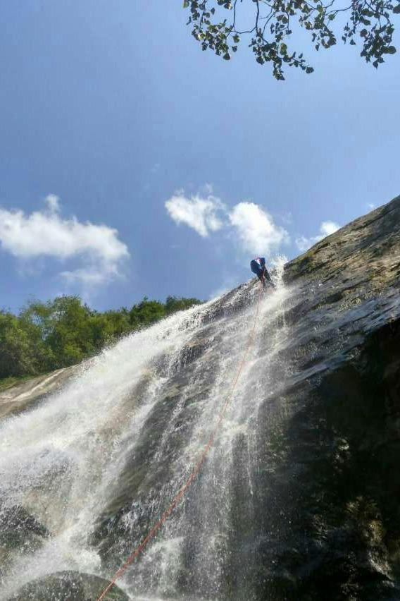 9月4日 严家河瀑布群 来瀑降