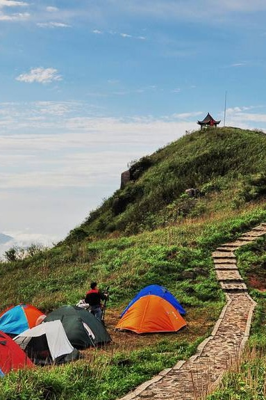 姑婆山山顶露营