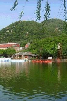 小桂林-英西峰林、探索神秘千年瑶寨、篝火晚会二日游