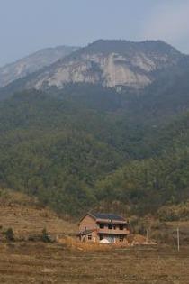 衡岳72峰之一——白石峰-雷钵岭徒步穿越