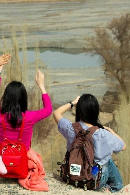 3月21日、22日托克逊探春赏杏花、红河谷观雅丹地貌穿越