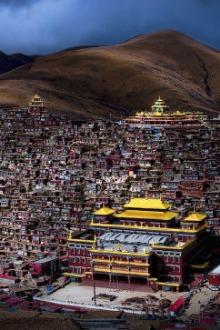 清明节佛教圣地色达三天三夜心灵之旅