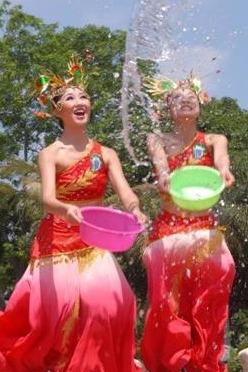 2016年7月22日锦绣中华泼水节亲子活动