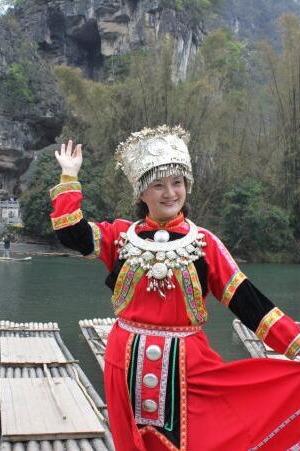 国庆10月2号桂林阳朔全景游图腾古道 银子岩 西街