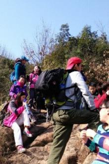 徒步灵岩山至五峰山