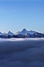 达瓦更扎 美丽的神山