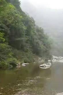 翡翠谷溯溪露营