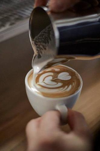 【咖啡课堂】6.19周日,体验意式浓缩与拉花技艺