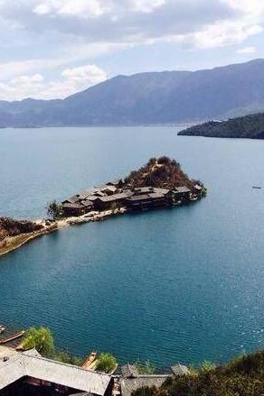 泸沽湖泸山邛海4日游