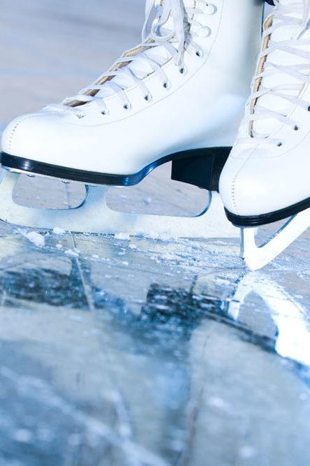 宛如冰面上的华尔兹,滑冰初体验