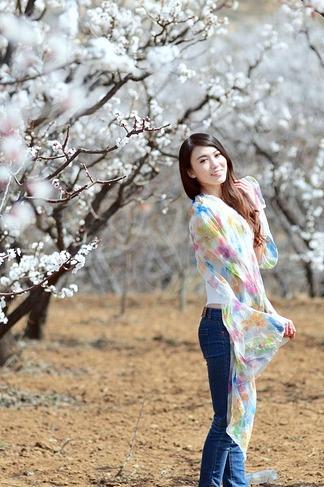 3月26鹫峰爬山赏杏花