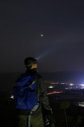 勇者挑战—-恩格山夜爬、宿营活动