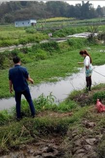 周末组织明威钓龙虾活动