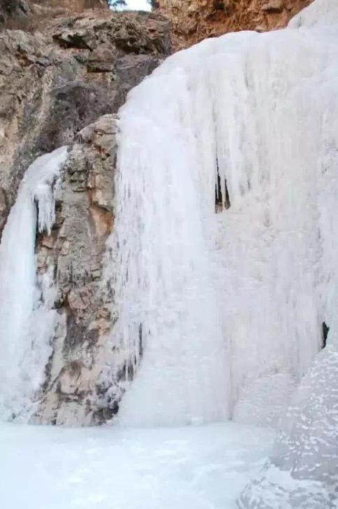 《元月三十一日 周日》九峰哈子盖 楼房沟 观冰瀑