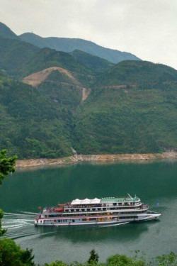10月21日三峡人家 三峡大坝 三峡红叶 三日游