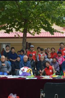 天津慈恩爱心团队。   武清区敬老院关怀