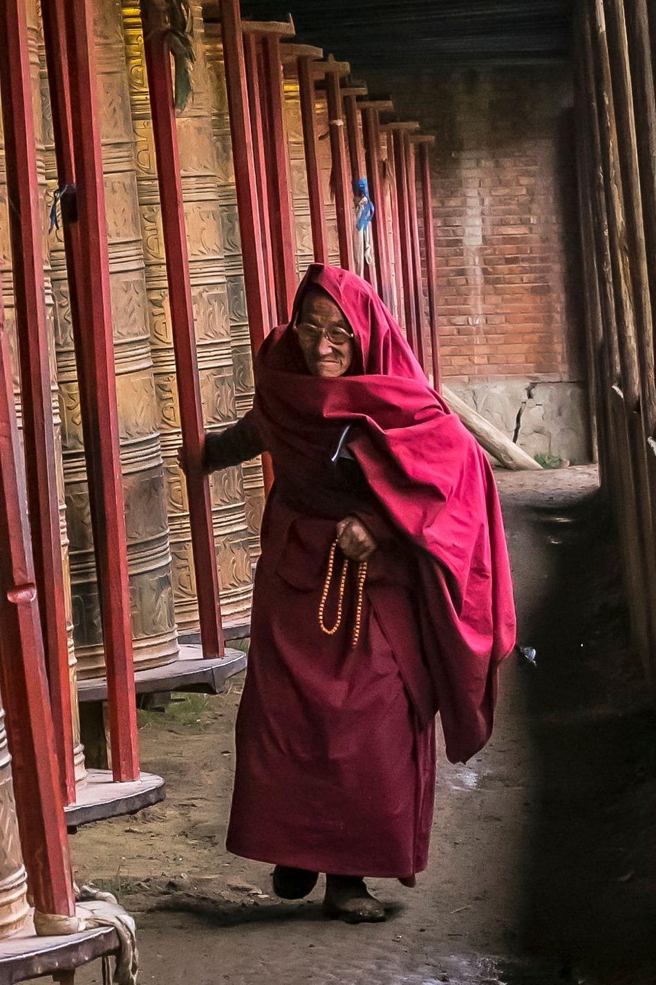 身体和灵魂都应该在路上,甘南郎木寺和川西之旅