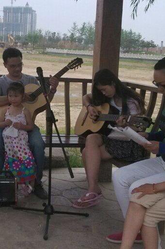 吉他爱好者聚会公告 许昌县政府南门对面 北海公园 亭子