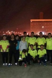 周五夜跑—全民健身广场