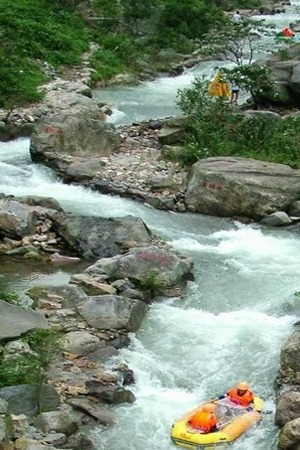 8月23日黄腾峡漂流之王之勇士漂,金鸡岩洞府仙境探秘
